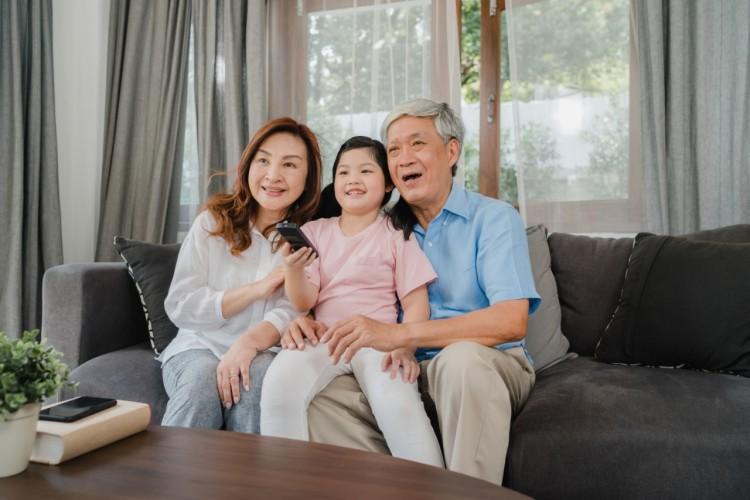 dampak menitipkan anak pada kakek dan nenek