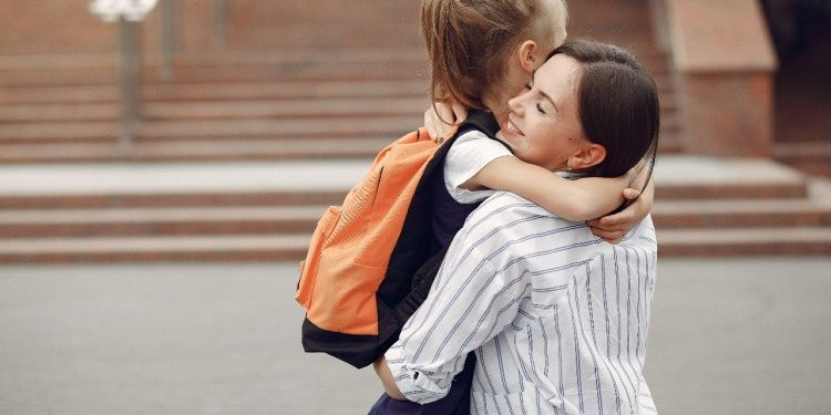 usia anak untuk masuk sekolah